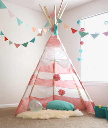 Diy no sew teepee for less than 30 e1410438916479